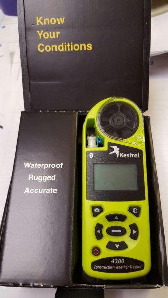 Rastreador meteorológico de construcción Kestrel 4300BT (Bluetooth)